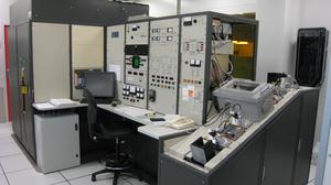 L'implanteur EATON-AXCELIS GA 3204